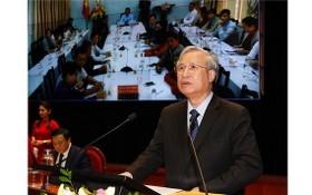 黨中央政治局委員、黨中央書記處常務書記陳國旺在科研會上致詞。