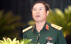 國防部副部長阮新彊在會上發言。(圖源:中山)
