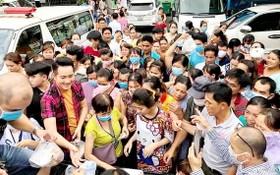 男歌手阮飛雄屢次和他的粉絲俱樂部行善已有助他贏得更多觀眾的喜愛。