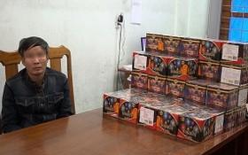 被扣押的阮進中與非法買賣鞭炮物證。(圖源:浩然)