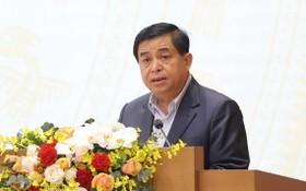 計劃與投資部長阮志勇在會議上發言。(圖源:統一)