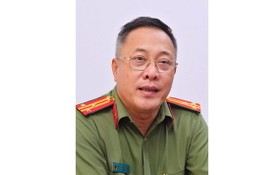 市公安廳 出入境管理科副科長武戰勝上校。