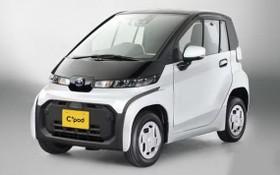 """豐田雙座超小型電動汽車(EV)""""C+pod""""。(圖源:共同社)"""