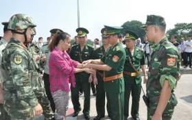 中國警方向我國警方移交一名涉嫌人口販賣犯罪嫌疑人。