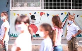圖為希臘某一幼兒園小朋友。(圖源:Getty Images)
