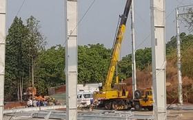 吊車纜索斷裂兩人死亡