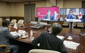 七國集團視頻會議現場。(圖源:共同社)
