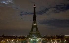 巴黎艾菲爾鐵塔熄燈響應地球一小時。(圖源:互聯網)