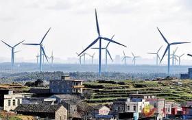 圖為福建平潭,風力發電機組正在將海風轉化為電能。(圖源:互聯網)