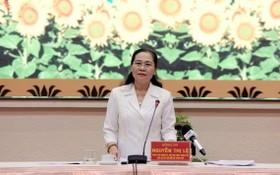 市選舉委員會主席阮氏麗在會上發言。(圖源:清泉)