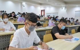 高中應屆生參加2021年第一輪能力評價考試。(圖源:范英)