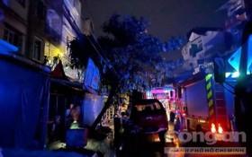 消防車隊聞訊後趕抵現場。(圖源:市公安報)