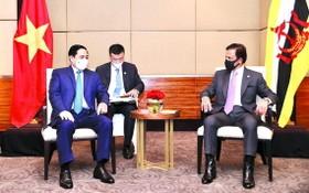 政府總理范明政會見汶萊蘇丹哈吉‧哈桑納爾。(圖源:越通社)