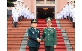中國國防部長魏鳳和正式訪問越南