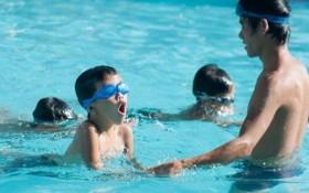 從小學會游泳既能鍛煉身體,又可防範溺水。(示意圖源:互聯網)