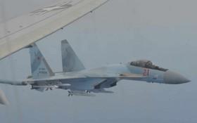 俄美軍機在空中對峙。(圖源:互聯網)