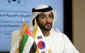 阿聯酋經濟部長阿卜杜拉·本·圖克·馬里(Abdullah bin Touq Al Marri)。 (圖源:互聯網)