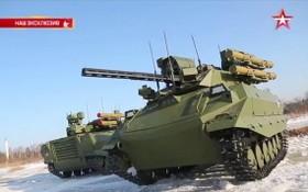 當地時間5月21日,俄羅斯國防部長紹伊古表示,俄羅斯已經成功研製出了具有人工智能的作戰機器人。(圖源:視頻截圖)