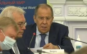 俄羅斯外長拉夫羅夫發言直播截圖。