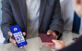 從6月1日起,越航與國際航空協會(IATA)聯合開展試行國際航協旅行通行證(IATA Travel Pass)。(圖源:清安)