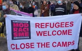 丹麥最近撤銷敘利亞難民居留身份的舉措引發了抗議。(圖源:Getty Images)