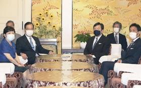 反對黨領導人在國會開會,討論提交針對菅義偉內閣的不信任動議。 (圖源:外媒)