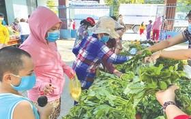各省市陸續協助本市現款及食品