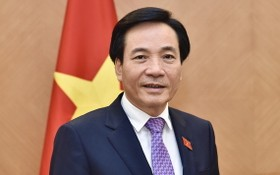 政府辦公廳主任陳文山部長。(圖源:D. Châu)