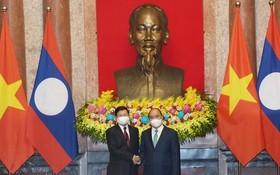 越-老重視兩國偉大友好特殊團結關係