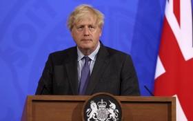 """約翰遜公佈英格蘭""""解封""""計劃。(圖源:互聯網)"""