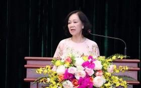 中央組織部部長張氏梅在會上發表指導意見。(圖源:越通社)