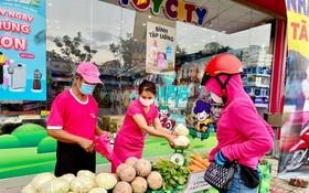 在寶寶母嬰店設食品供應點。(圖源:互聯網)