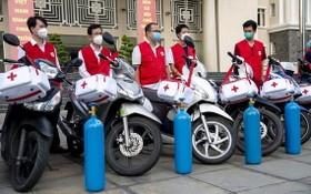 流動接種摩托車車隊就緒待命執行任務。(圖源:文元)