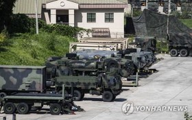 8月5日,駐韓美軍車輛整裝待發。(圖源:韓聯社)