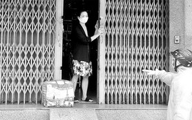 職能力量向第八郡有新冠肺炎確診者居家隔離的民戶供應糧食和必需品。