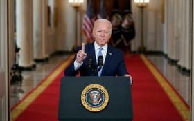 美國總統拜登8月31日在白宮表示,結束阿富汗戰爭是正確的決定,美國將繼續展開反恐行動。(圖源:AP)