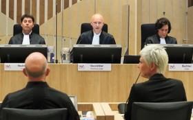 荷蘭法院當地時間6日開庭審理馬來西亞航空公司MH17客機空難事件。(圖源:AP)