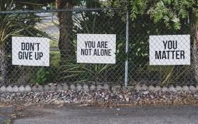 在全球範圍內,每年有超過 70萬人死於自殺。 (示意圖源: 聯合國)