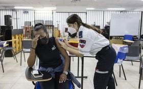 以色列正在為施打第4劑新冠疫苗做好準備。(圖源:AP)