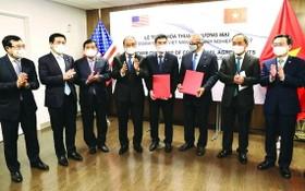 國家主席見證越南與美國企業簽署合作協議