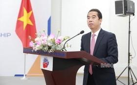 外交部副部長蘇英勇在座談會上發言。(圖源:忠孝)