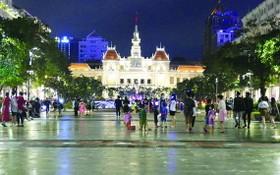 阮惠步行街恢復城市生機活力。
