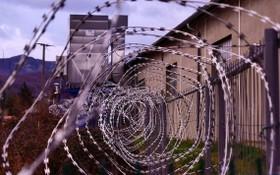 尼西南部奧約州一座監獄22日晚遭武裝份子襲擊,導致837名在押人員越獄。(示意圖源:互聯網)