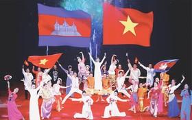越柬關係永世穩固良好發展(圖片來源:互聯網)