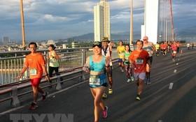 峴港國際馬拉松賽。(圖源:TTXVN)
