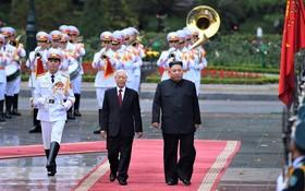 黨中央總書記、國家主席阮富仲主持歡迎儀式。