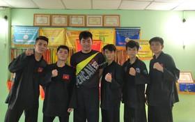 本市參加東南亞學生運動大會的5名運動員及教練。