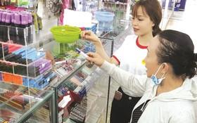 連續多年獲得越南優質國貨稱號的天龍圓珠筆產品。