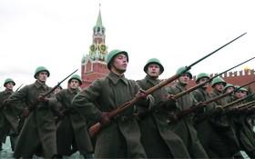 俄羅斯舉行閱兵式紀念紅場閱兵 78 週年