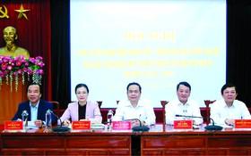 越南祖國陣線中央委員會常委會昨(21)日在河內舉行了貫徹及開展2019-2024年任期第九屆越南祖國陣線全國代表大會《決議》的視像會議。